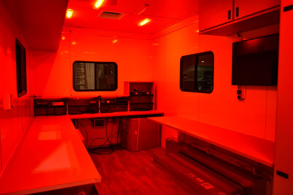 satern enclosed trailers