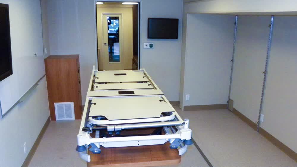 medical bench mobile medical trailer