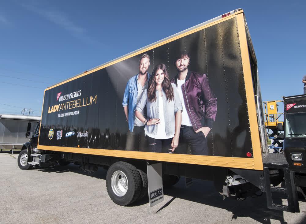 lady antebellum mobile billboard truck trailer