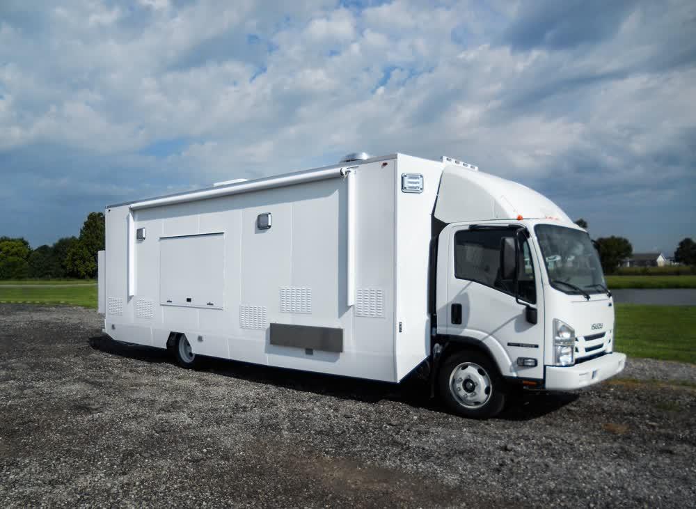 plain custom food truck builders
