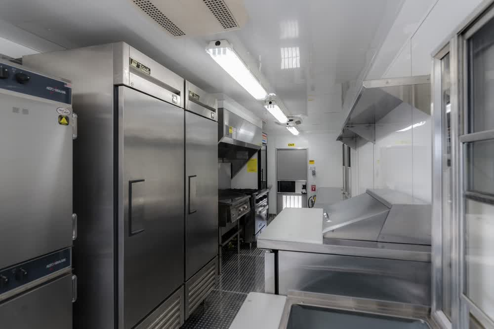 stainless steel interior commercial mobile kitchen trailer truck