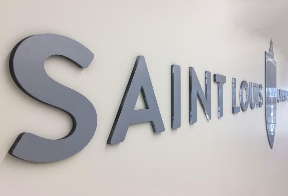saint louis u architectural signage companies
