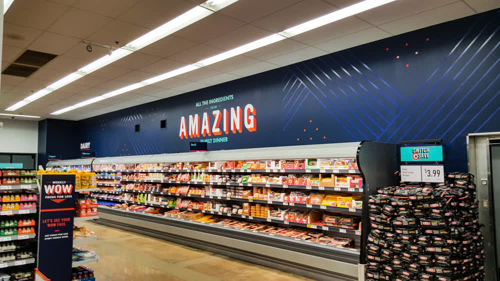save a lot retail graphics