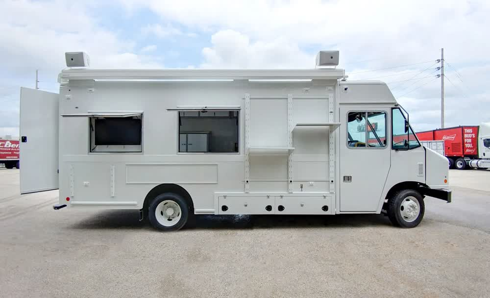 guide well connect mobile command center trailer